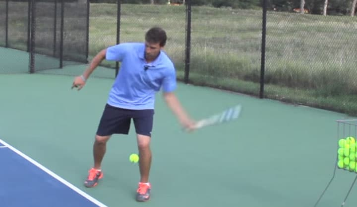 TENNIS FOREHAND | Tip To Beat The Pusher