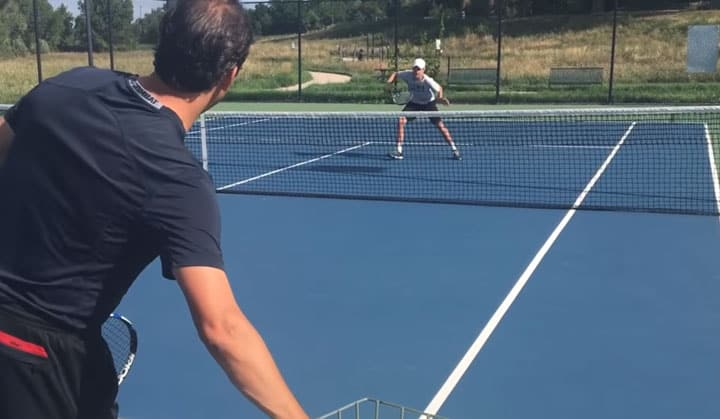 TENNIS VOLLEY   How To Hit Backhand Volley