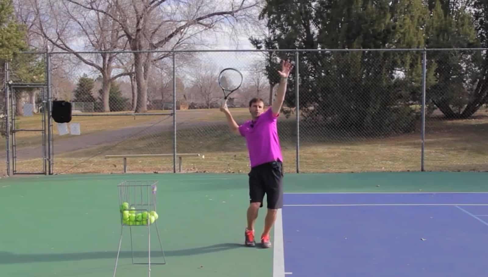 Tennis serve technique - Pinpoint Stance