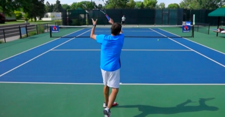 Tennis forehand tip