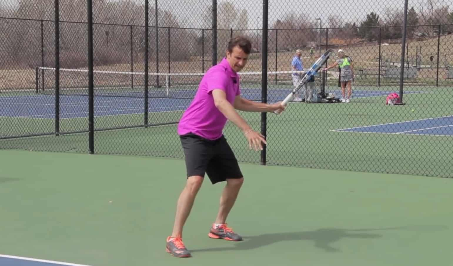 Tennis Low Forehand